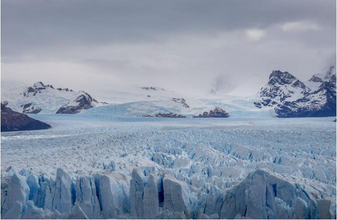 مثلجة بوريتو مورينو الجليدية