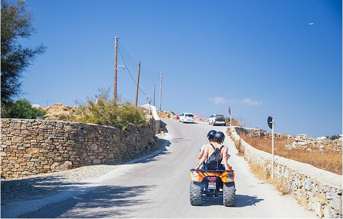 ركوب الدراجات في ميكونوس