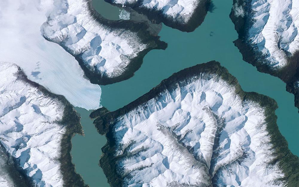 نهر جليدي في الارجنتين