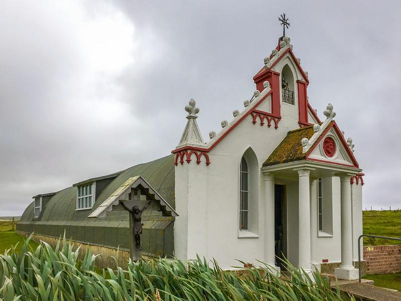كنيسة في جزيرة اوركني