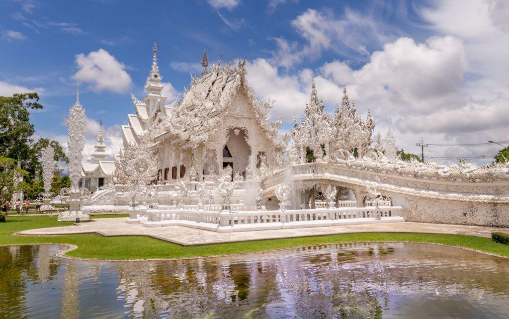 المعبد الابيض في تايلند رحلتي الى تايلند 2017