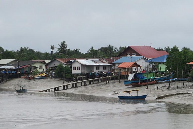 قرية باكو
