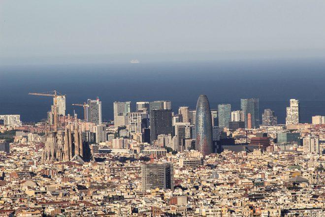 برشلونة من اعلى