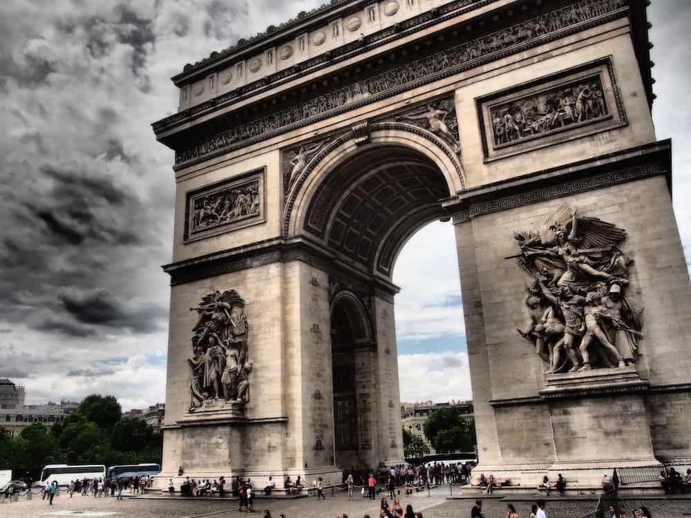 معالم باريس
