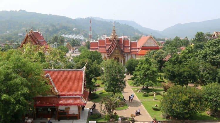 معبد وات شالونغ في بوكيت