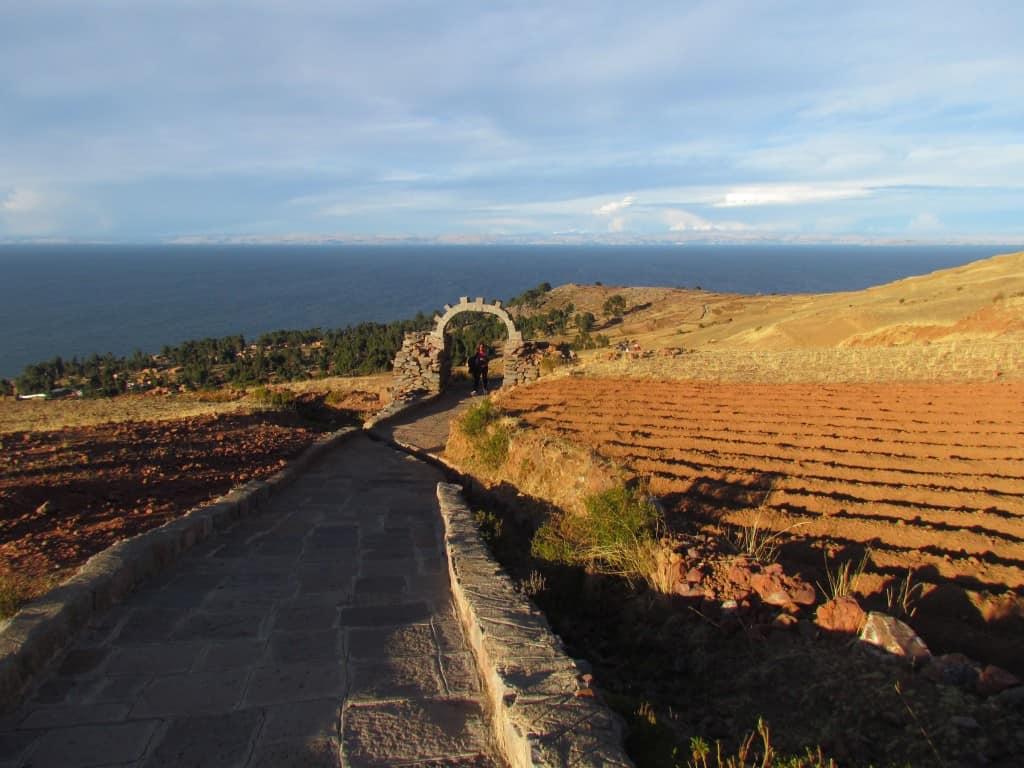 معابد جزيرة امانتاني في البيرو