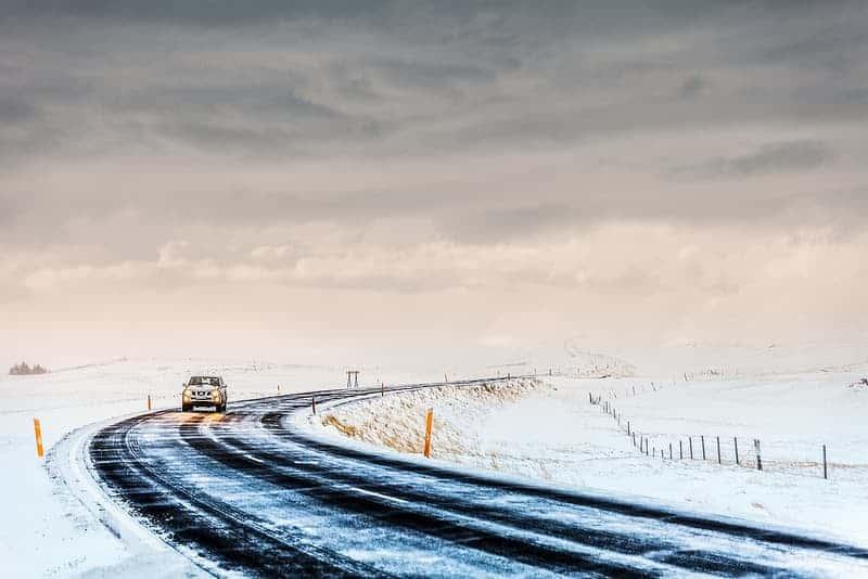السفر بالسيارة في آيسلندا