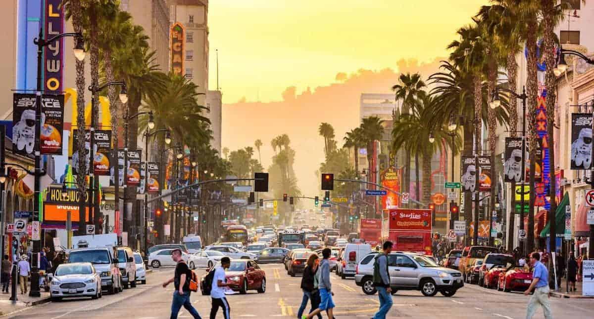السفر إلى لوس أنجلوس